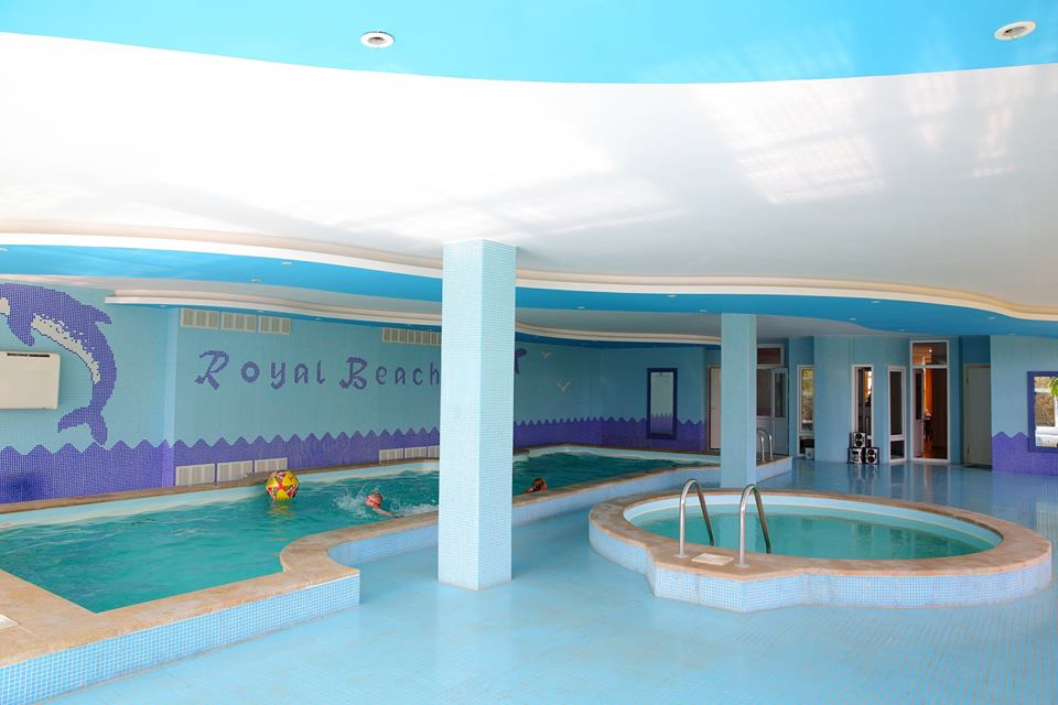 the-royal-beach-hotel