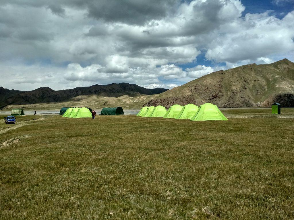 kel-suu-tent-camp