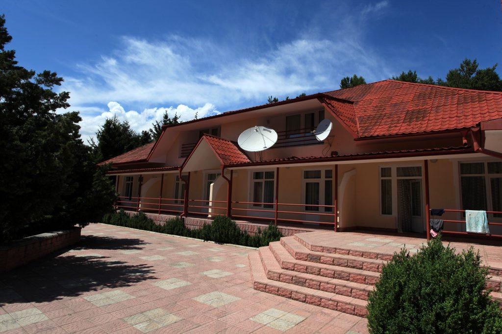 kyrgyzskoyevzmorye-resort
