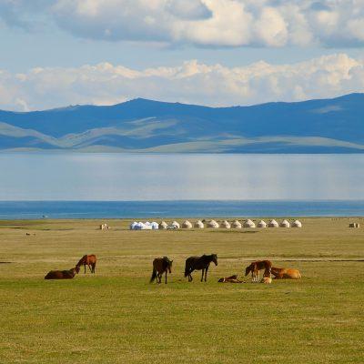 Son Kul Lake