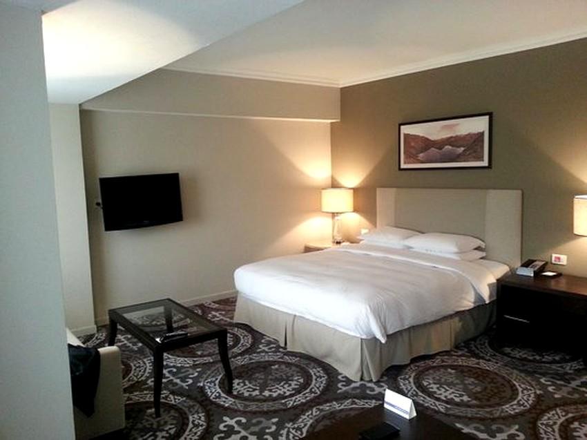hotel-hyatt-regency