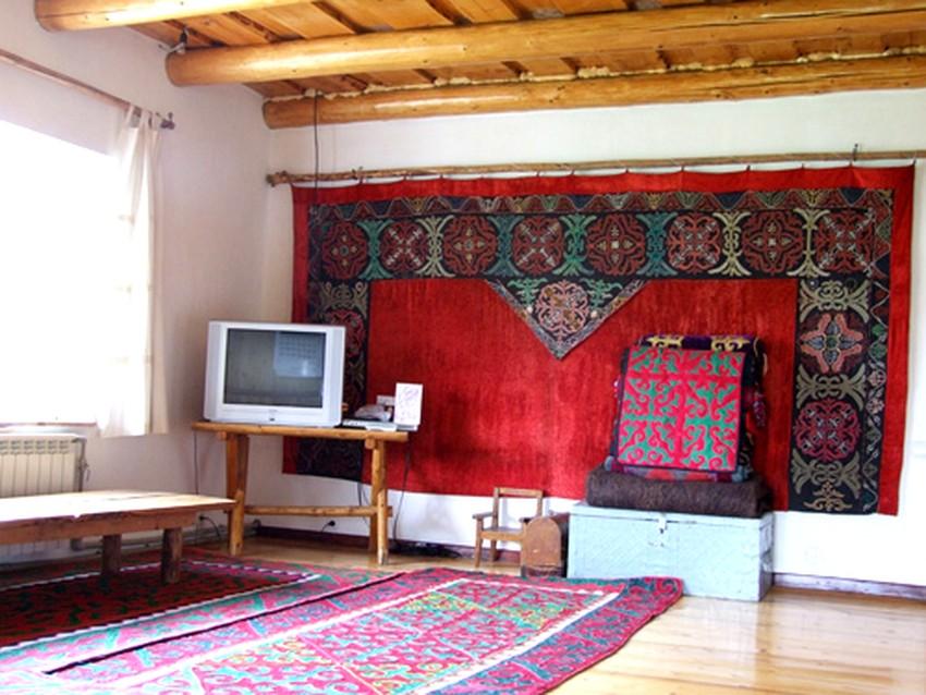 ashuu-gueast-house