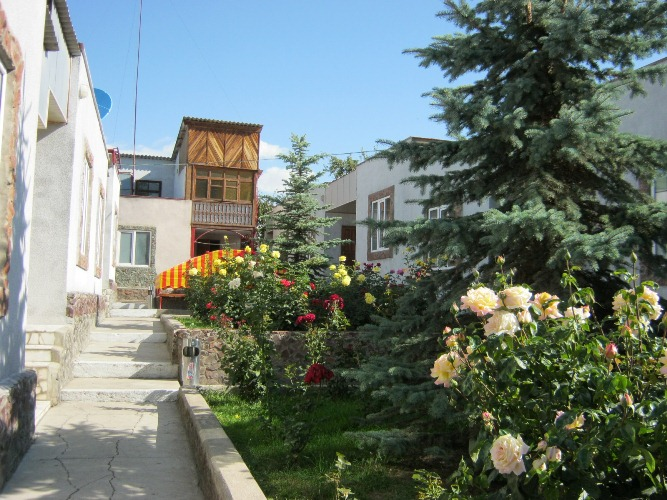 lastochka-guest-house