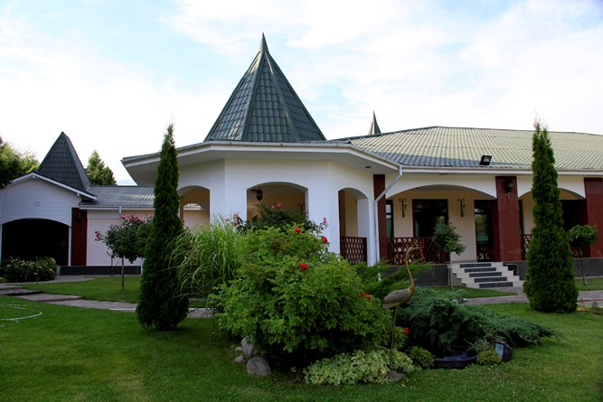 the-raduga-hotel