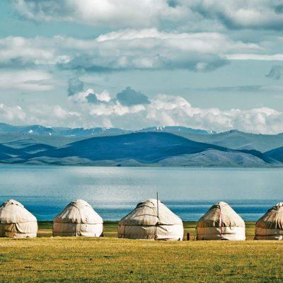 Yurt-camp-Son-Kul