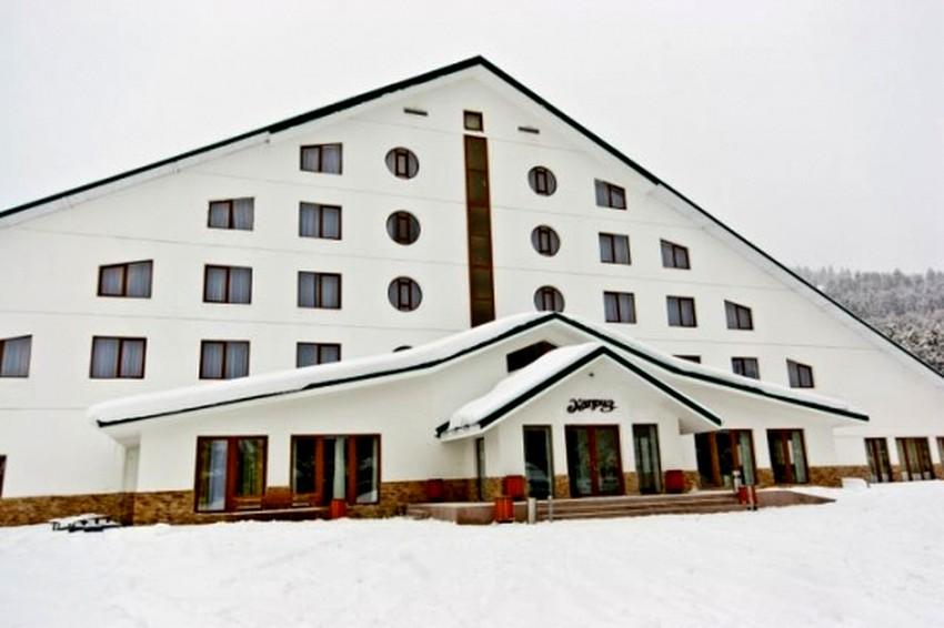 the-capriz-hotel-karakol