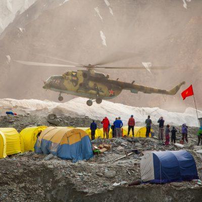 Базовый лагерь на леднике Южный Иныльчек