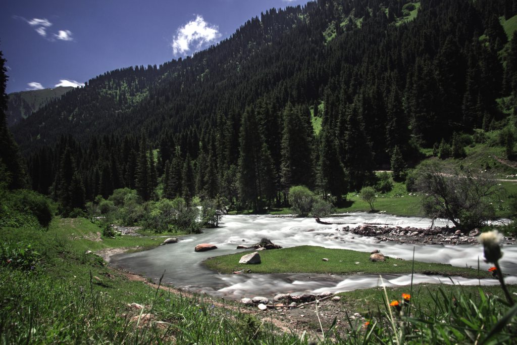 Karakol-valley-river