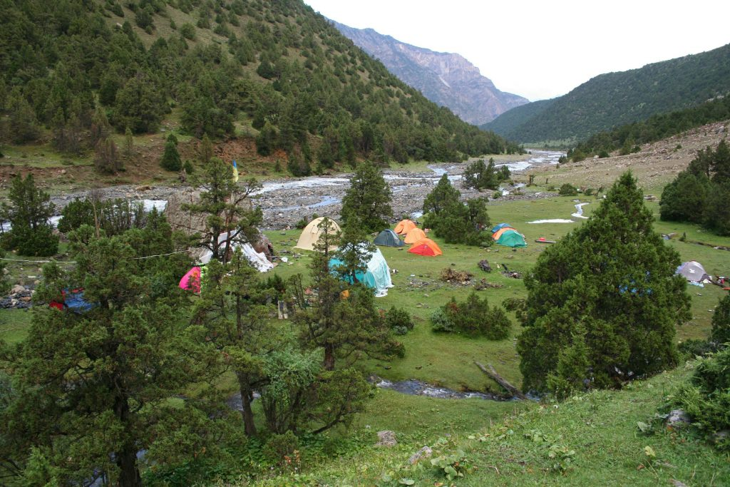 Karavshin-Base-Camp