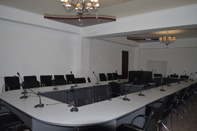 goluboi-issyk-kul-resort-conference-hall